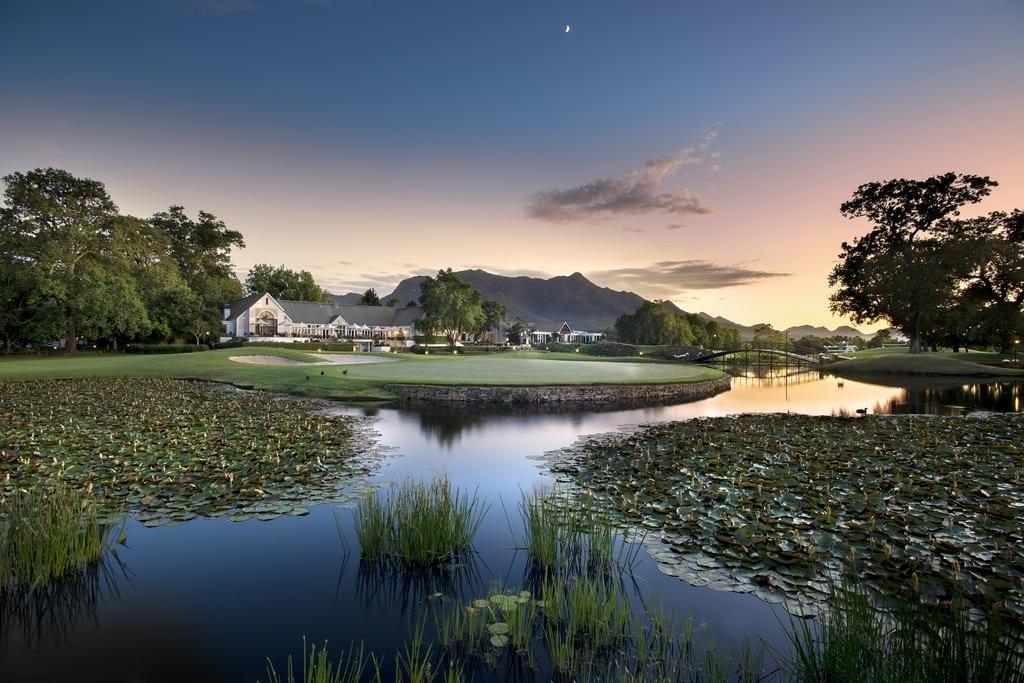 Terrain de golf sur la Route des Jardins en Afrique du Sud