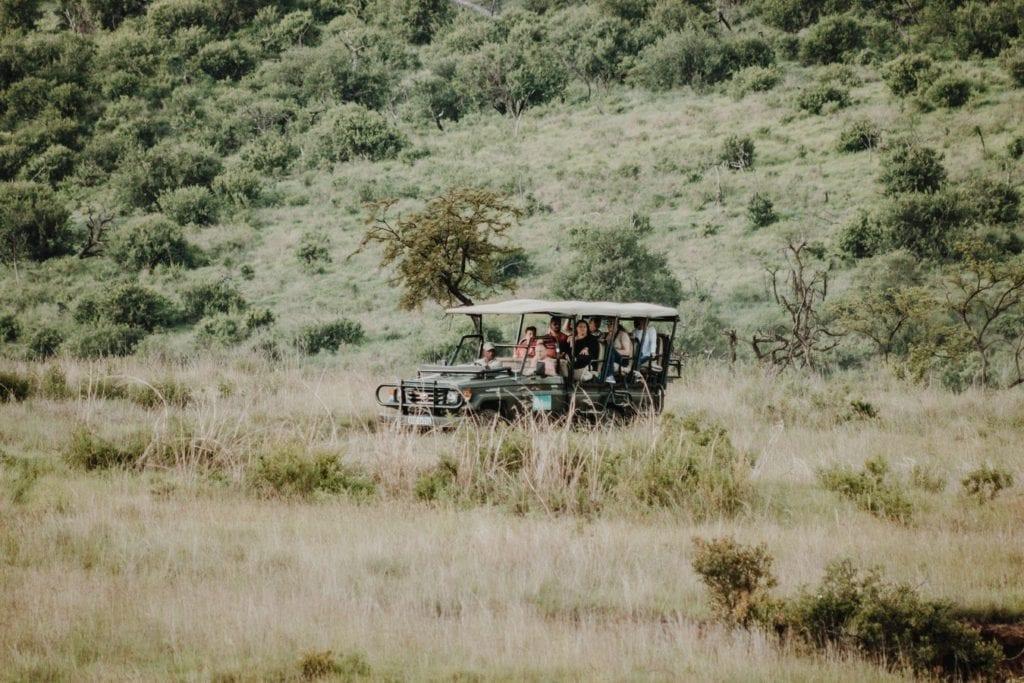 """Voiture safari au Kruger et Game reserve - Article """"Que mettre dans sa valise pour partir en safari"""""""