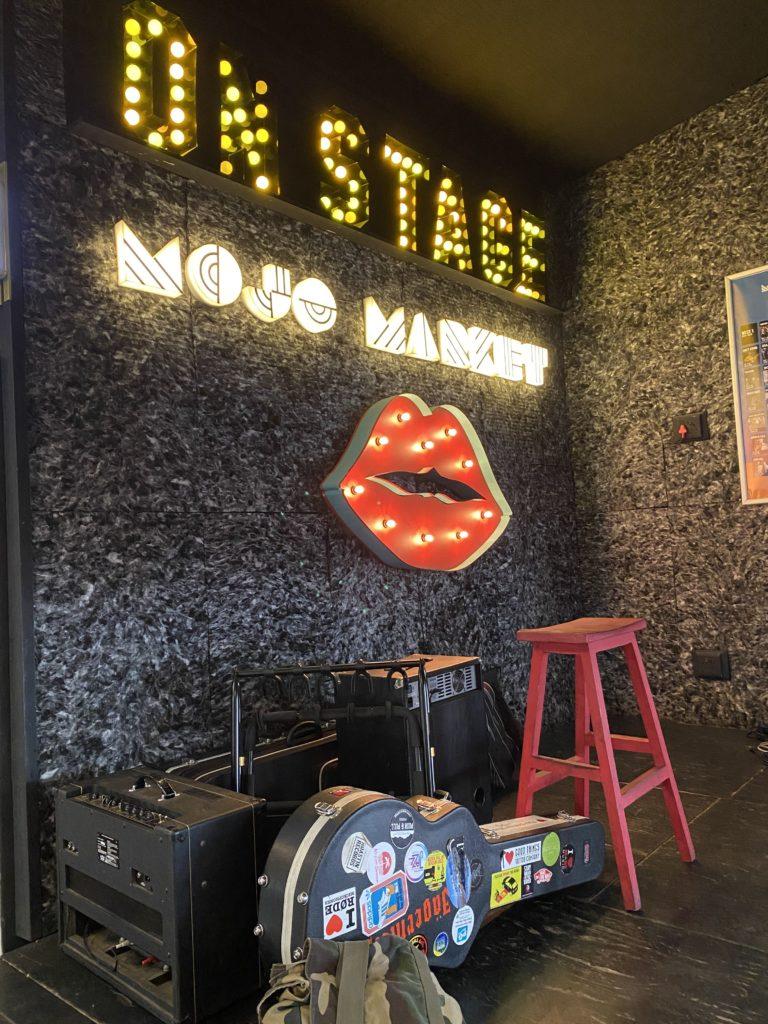 mojo-market-scene